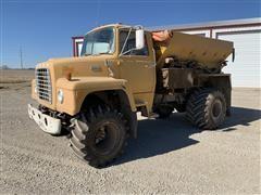 Ford LN900 Fertilizer Spreader Floater Truck
