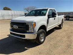 2017 Ford F250 XL Super Duty Extended Cab 4x4 Pickup
