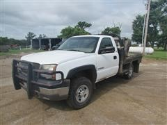 2003 Chevrolet 2500HD 4x4 Flatbed Pickup W/Deweze Bale Bed