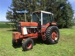 International 1086 2WD Tractor