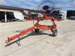 KUHN SR112 GII 12-Wheel Rake