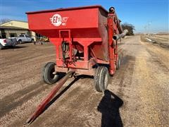 E-Z Trail E-Z Flow 300 Gravity Wagon W/Auger