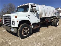 1983 International 1754 S/A Water Truck