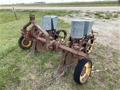 Dempster Antique 2-Row Planter