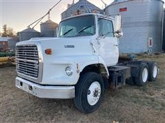 1989 Ford L9000 T/A Truck Tractor