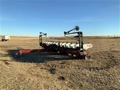 Agco 8222 12R30 Planter