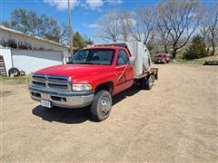 1999 Dodge Ram 3500 Laramie SLT 2WD Septic/Portable Restroom Pumper Truck