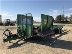 Kramer Ranch-Hand Round Hay Bale Processor/feeder