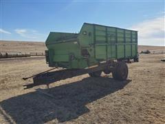 John Deere 714A Feed Wagon