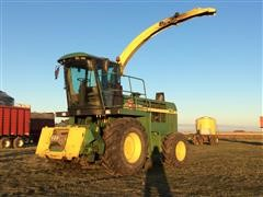 1998 John Deere 6750 Self-Propelled Forage Harvester