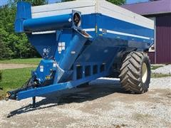 2001 Kinze 840 Grain Cart
