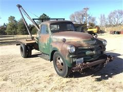 1954 Chevrolet 6100 S/A Wrecker W/Gin Poles & Winch