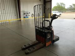 2008 Toyota 8HBE30 End Controlled Rider Pallet Jack