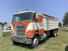 1977 Mack CruiseLiner WS786LST T/A Cabover Grain Truck